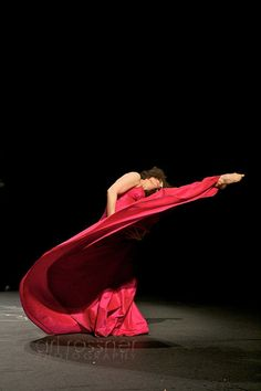 Pina Baush; Amazing lines in the movement structure and composition here!