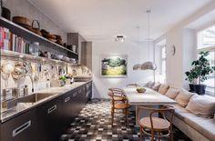 Swedish fashion designer Filippa K's Stockholm apartment: kitchen - love love love the bench seat Apartment Kitchen, Kitchen Interior, Home Interior Design, White Apartment, Duplex Apartment, Apartment Interior, Apartment Design, Home Design, Sweet Home
