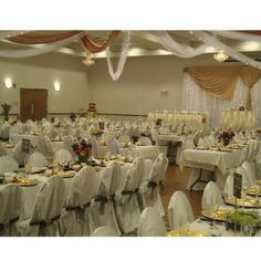 LaSure's Hall in Oshkosh is a great place to host your NE WI wedding!