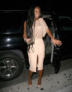 """""""The Real Housewives of Atlanta"""" star Marlo Hampton was spotted dining at Beverly Hills' Mastro's Restaurant."""