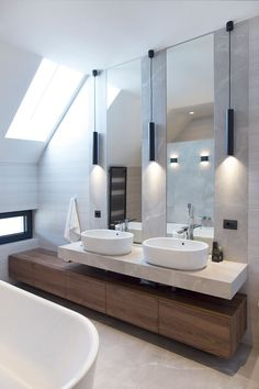 An Intimate Look - Picture gallery Washroom Design, Bathroom Design Luxury, Modern Bathroom Decor, Modern Bathroom Design, Bathroom Styling, Small Bathroom, Bathroom Ideas, Dream Bathrooms, Beautiful Bathrooms