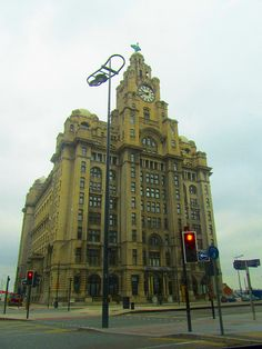 The Liver Buildings, Liverpool