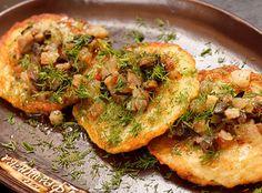 Houbový bramborák Potato Pancakes, Rye Bread, Gnocchi, Vegetable Pizza, Baked Potato, Quiche, Cauliflower, Berries, Stuffed Mushrooms