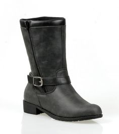 Next month, one poll participant will win a pair of Propét Hadsten boots made for walkin' ($109)—a highly comfy, water-resistant rustic leather boot perfect for après activity. To enter, simply VOTE and LEAVE A COMMENT below with your email to contact you. Email addresses used ONLY for contest purposes. The winner will be selected via a random number generator. U.S. or Canadian addresses only please. Contest ends Sunday, November 3rd, at midnight MST.