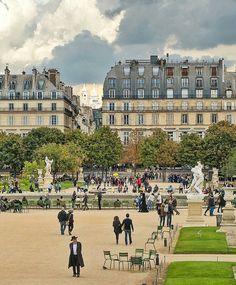"If the Trip Eiffel is the sign of Paris, the Cathédrale de Notre-Dame de Paris is its heart. Sitting on the banks of the Seine, this wonderful architectural work of art is a certain ""must-see"". Jardin Des Tuileries, Paris Travel, France Travel, Paris France, Parks, Old Paris, Paris Paris, Belle France, Paisajes"
