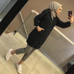 ✔ Cute Nails For Winter Formal Islamic Fashion, Muslim Fashion, Modest Fashion, Fashion Outfits, Hijab Dress, Hijab Outfit, Indian Outfits Modern, Stylish Hijab, Modele Hijab