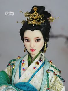 https://flic.kr/p/C1xFu5 | OOAK Obitsu 27 Custom | Girl/Obitsu 27-01 Custom ,white skin. Face is painted with the Acrylic pigment. The protection paint for gloss was applied to the lip and eyes.
