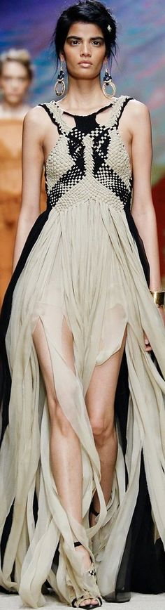 READY-TO-WEAR  ALBERTA FERRETTI  SPRING-SUMMER 2016