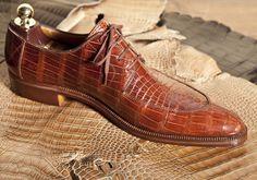 MARINI ROMA - HANDMADE BESPOKE SHOES http://3.bp.blogspot.com/-RWLXDfoxJUI/ULM-8JSMZdI/AAAAAAAADcs/pCaqJYPrpq0/s640/marini-calzature-scarpa1.jpg