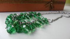 Náhrdelník zelené skleněné korálky.