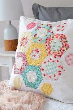 """Down Grapevine Lane: 'Weekend Quilting' by Jemima Flendt. Fabric: """"Lily"""" designed by Sue Penn for Penny Rose Fabrics"""