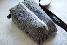 Digital slr Camera bag for Women Padded Travel neck case Black&White Canon Nikon Shoulder pouch insert Zip purse Handmade gift idea for her by TakeCraftsOut on Etsy Camera Bag Backpack, Knitting Needle Case, Slr Camera, Digital Slr, My Bags, Crochet Hooks, Nikon, Sunglasses Case, Pouch