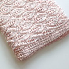 "diy_crafts-Bella baby blanket pattern by Lene Holme Samsøe ""Ravelry: Project Gallery for Bella teppe pattern by Lene Holme Samsøe"", ""This post Lace Knitting Patterns, Knitting Stitches, Baby Knitting, Crochet Baby, Knitted Afghans, Knitted Baby Blankets, Baby Blanket Knit, Cable Knit Blankets, Crochet Poncho"