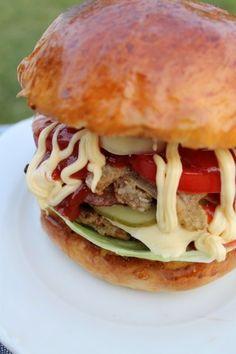 Hamburger receptek Pizza, Grilling, Bacon, Sandwiches, Bbq, Cooking Recipes, Ethnic Recipes, Minden, Burgers