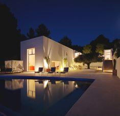 Luxury-Villa-Ibiza-by: Jade Jagger (Designer)