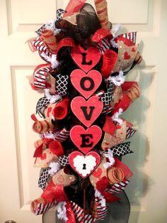 Valentine Swag Valentine Wreath Valentines Wreaths