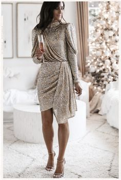 Christmas Party Outfits, Holiday Party Outfit, Holiday Party Dresses, Christmas Fashion, Christmas Party Dresses, Dress Party, Black Christmas, New Years Eve Dresses, Nordstrom Dresses