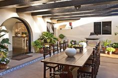 indoor / outdoor courtyard – diane keaton spanish house – Google Search… http://www.wowdecor.top/2017/08/07/indoor-outdoor-courtyard-diane-keaton-spanish-house-google-search/