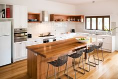Contemporary Kitchen Gallery | Contemporary Kitchens | Smith & Smith Kitchens