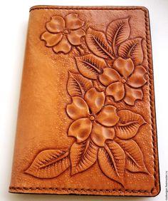 Купить обложка для паспорта кожа тиснение гравировка шеридан бежевокоричневая - коричневый, обложка для паспорта кожа