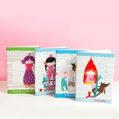 These sweet paper notebooks come in 4 different motifs in A5 size (14,5×21 cm) – the inside has 24 white sheets (48 pages) – the perfect size for kids and grown ups