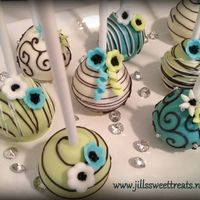 These Cake pops remind me of an elegant affair to remember. Great for a wedding favor or an anniversary centerpiece. Also great to just make someone feel special and lovely just like these cake pops!