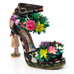 You will be doing the hula in these spectacular Hawaiian themed dream character heels. Featuring a gorgeous hula girl character heel with grass skirt detail. A Hawaiian print fabric upper sets off the floral lei strap and floral embellishments on the t Quirky Shoes, Hawaiian Print Fabric, Grass Skirt, Irregular Choice Shoes, Hawaiian Theme, Hula Girl, Shoe Art, Girls Characters, Shoe Brands