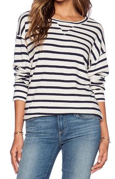 Cute striped sweatshirt http://rstyle.me/n/wj9qvnyg6