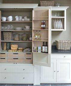 An Organizer's Dream: 9 Truly Covetable Kitchen Pantries