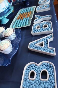 Most recent Photographs blue Baby Shower Decorations Ideas Compliment parents-to-be by simply getting over a wonderful little one shower. How can you come up with a baby. Baby Shower Decorations For Boys, Boy Baby Shower Themes, Baby Shower Balloons, Baby Shower Fun, Baby Shower Cupcakes For Boy, Baby Shower Ideas For Boys Themes, Torta Baby Shower, Baby Boy Themes, Baby Shower Treats