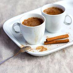 Frischer kann eine Tasse Kaffee nicht schmecken - ein Dessert Smoothie, der nicht nur Kaffeeliebhaber überzeugt.