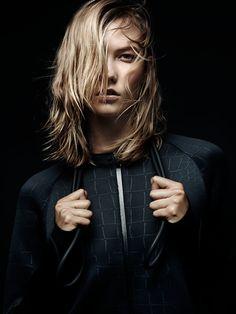 La collab Pedro Lourenço x Nike x Karlie Kloss http://www.vogue.fr/diaporama/pedro-lourenco-x-nike-x-karlie-kloss/20885#!3