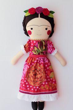 Muñeca hecha a mano de Frida Kahlo. Muñeca de trapo para decorar y coleccionar. Muñeca del arte de Frida Kahlo. Muñeca de colección de arte.