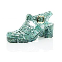 River Island Green glitter block heel jelly shoes ($15) ❤ liked on Polyvore featuring shoes, sandals, footwear, green, sale, jelly shoes, sling back sandals, beach footwear, glitter jelly sandals and glitter sandals
