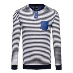 b8faaafe7632 Pruhovaný pánský svetr s modrou kapsou a černým lemováním - manozo.cz