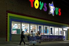 Toys R Us Crippled by Competition and Debt Files for Bankruptcy