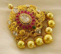 gold antique pendent padakkam