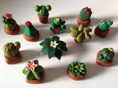 Queste piantine grasse sono irresistibili. Più ne faccio e più ne voglio fare. Mi è scoppiata la cactus-mania. Passa a trovarmi su facebook LA BOTTEGHINA DEI SOGNI