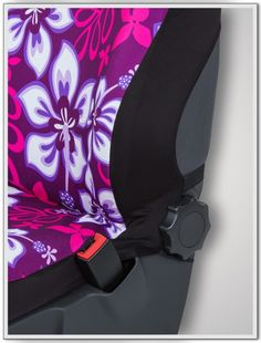"""Paar Sitzbezüge (integriert) """"Hibiskus lila"""" bieten unkompliziertes Aufziehen der Sitzbezüge und einen neuen Look für jedes Auto."""