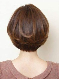 Women Hair Highlights Over 40 - Short Hair Styles Short Hair Cuts For Women, Medium Hair Cuts, Medium Hair Styles, Curly Hair Styles, Wedge Hairstyles, Bob Hairstyles, Ladies Hairstyles, Short Haircuts, Hair Styles 2014
