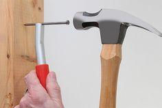 ThumbSaver - magnetic nail setter