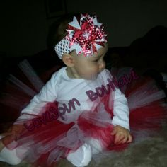 Christmas tutu outfit and matching bow  Can be made with different colors/theme  Contact for pricing  Visit my website for items/sales Facebook.com/LoveSpunBoutique