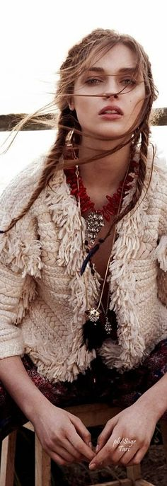 Daga Ziober by Nicolas Kantor ~ Qvest Mgzn.               •≫∙∙☮ Bohème Babe ☮∙∙≪• ❤️ Babz ✿ιиѕριяαтισи❀ #abbigliamento #bohojewelry #bohosoul