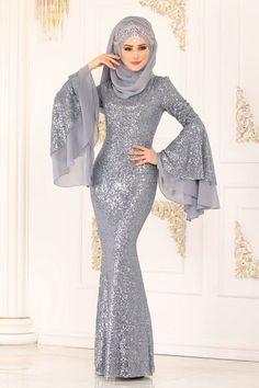 #modaselvim #evening #dresses #evening #silver #wear #ygsModaselvim EVENING DRESSES Evening Wear YGS6193 Silver Hijab Prom Dress, Muslimah Wedding Dress, Hijab Evening Dress, Prom Dresses With Sleeves, Evening Dresses, Muslim Fashion, Hijab Fashion, Fashion Dresses, Party Wear Dresses