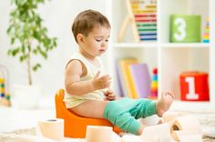 The Best Potty Training Pants and How to Use Them - Cloth or disposable? Experts weigh in on the top potty training pants for boys and girls. Toddlers And Preschoolers, Toddler Training Pants, Potty Training Pants, Best Potty, Baby Freebies, Toilet Training, Toddler Preschool, Toddler Potty, New Parents