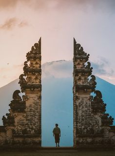 After the success of our Bali Travel Guide, we are bringing you a list of the top things to do in Bali! Here's our ultimate bucketlist! Stuff To Do, Things To Do, Water Flood, Bali Travel Guide, Travel Goals, Travel Inspiration, Tourism, Travel Photography, Around The Worlds