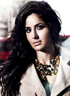 Statement necklace. #Katrina #Bollywood