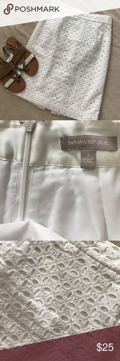 """Banana Republic eyelet pencil skirt No flaws, zips up the back.  Measures 22"""" long and 14"""" flat across the waist Banana Republic Skirts Pencil"""