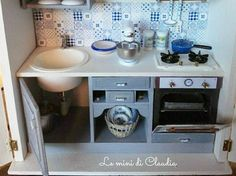 2017.09 Miniature Kitchen Cabinet  Dollhouse ♡ ♡ By  Le Mini di Claudia