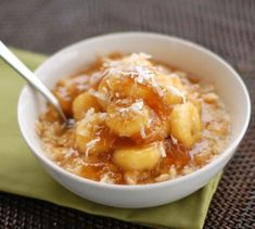 Caramelized Banana and Fig Oatmeal - Pinch of Yum Figs Breakfast, Good Morning Breakfast, Breakfast Club, Brunch Recipes, Baby Food Recipes, Breakfast Recipes, Breakfast Ideas, Toddler Recipes, Healthy Dishes
